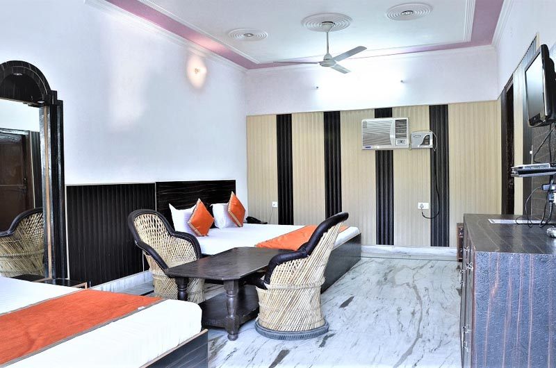 best hotel in rishikesh